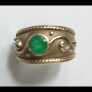 14K Gold Ring / Emerald and Diamonds.